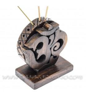 Incensario Om madera tallada